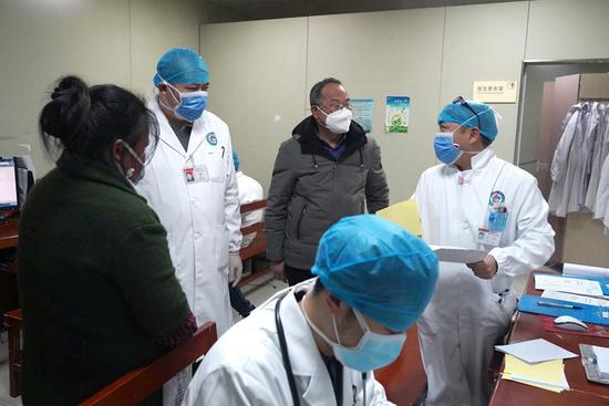 Many medical staff on duty on first day of Chinese Lunar New Year