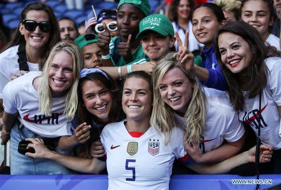 美国进入国际足联女子世界杯16强