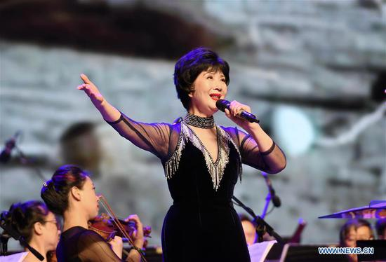 Actress Wu Haiyan performs during the 5th Silk Road International Film Festival (Fuzhou Section) in Fuzhou, capital of southeast China's Fujian Province, Oct. 8, 2018. The 5th Silk Road International Film Festival kicked off in Xi'an, capital of northwest China's Shaanxi Province, on Monday, with some activities hosted in its alternate counterpart Fuzhou. (Xinhua/Lin Shanchuan)