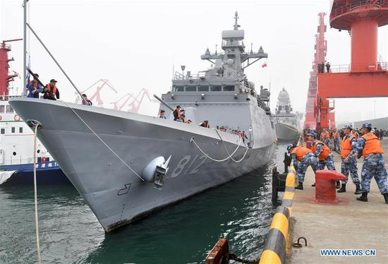 South Korean navy's guided missile frigate ROKS Gyeonggi arrives in the port city of Qingdao, east China's Shandong Province, April, 21, 2019, to join multinational naval events commemorating the 70th anniversary of the founding of the Chinese People's Liberation Army (PLA) Navy. The events will be held between April 22 and 25 and a naval parade will be held in Qingdao and nearby sea areas and airspace on April 23. (Xinhua/Li Ziheng)
