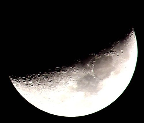 China's Chang'e-4 lunar probe is expected to touch down softly on the far side of the Moon, marking a first in human history. Photo: IC