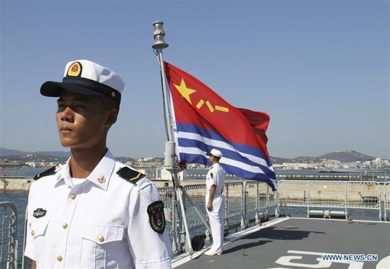 中国导弹驱逐舰西安抵达法国进行为期五天的访问 3