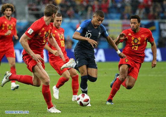 Kylian Mbappe (2nd R) of France competes during the 2018 FIFA World Cup semi-final match between France and Belgium in Saint Petersburg, Russia, July 10, 2018. (Xinhua/Li Ming)