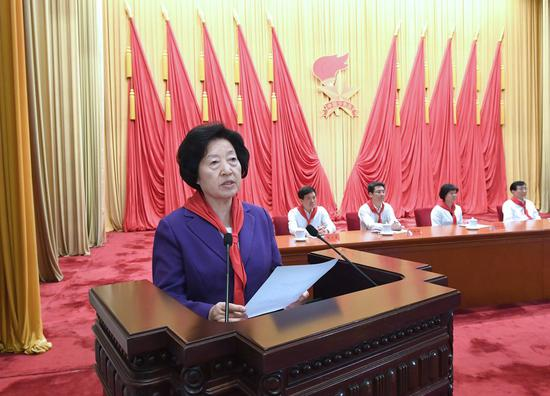 Vice Premier Sun Chunlan, also a member of the Political Bureau of the CPC Central Committee, reads out Xi Jinping's congratulatory letter at the eighth national congress of the Chinese Young Pioneers (CYP) and delivers a speech on behalf of the CPC Central Committee in Beijing, China, July 23, 2020. (Xinhua/Rao Aimin)