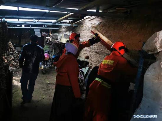 甘肃5.7级地震后无人员伤亡报告