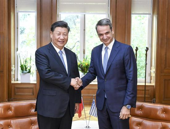 Chinese President Xi Jinping holds talks with Greek Prime Minister Kyriakos Mitsotakis in Athens, Greece, Nov. 11, 2019. (Xinhua/Yin Bogu)