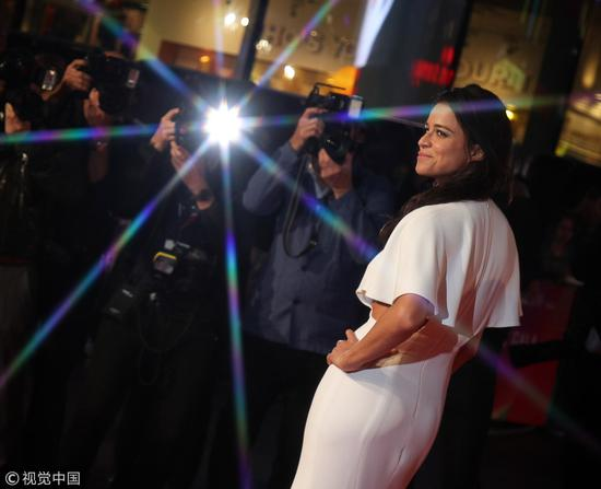 "Michelle Rodriguez attends the European Premiere of ""Widows"" and the opening night gala, October 10, 2018. /VCG Photo"
