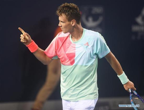 Tomas Berdych of the Czech Republic reacts during the men's singles round of 16 match against Mikhail Kukushkin of Kazakhstan at the Shenzhen Open ATP World Tour in Shenzhen, south China's Guangdong Province, Sept. 29, 2016. Tomas Berdych won 2-0. (Xinhua/Wang Dongzhen)