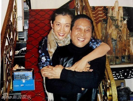 Wang used to self-publish a book named The Chinese, which displayed many of his photos taken with celebrities.