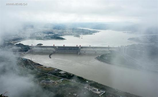 Photo taken on Sept. 10, 2017 shows the panoramic view of the Three Gorges project in central China's Hubei Province. The Three Gorges project started to launch a water storage test to make its water level reach the highest designed mark of 175 meters on Sept. 10, required by China's State Flood Control and Drought Relief Headquarters. The storage is expected to complete at the end of October or on November. (Xinhua/Zheng Jiayu)