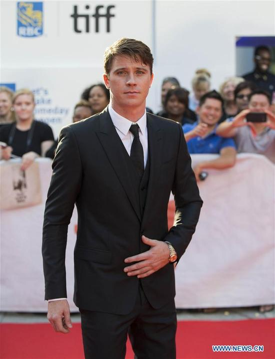 """Actor Garrett Hedlund poses for photographs at the international premiere of the film """"Mudbound"""" at Roy Thomson Hall during the 2017 Toronto International Film Festival in Toronto, Canada, Sept. 12, 2017. (Xinhua/Zou Zheng)"""