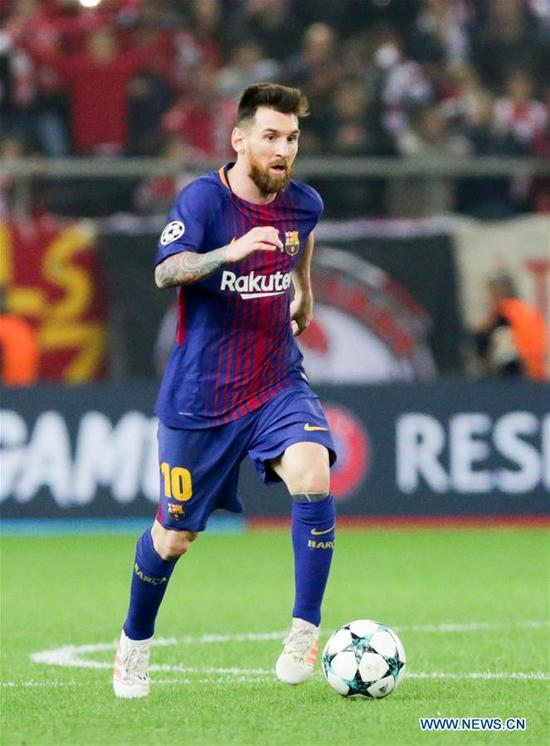 Lionel Messi of Barcelona competes during the UEFA Champions League group D match between Olympiacos and Barcelona in Athens, Greece, on Oct. 31, 2017. The match ended with a 0-0 tie. (Xinhua/Lefteris Partsalis)