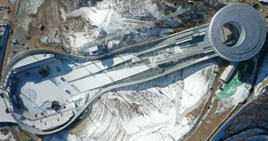 This aerial photo taken on Dec. 21, 2020 shows the National Ski Jumping Center in Chongli District of Zhangjiakou City, north China's Hebei Province. (Xinhua/Yang Shiyao)