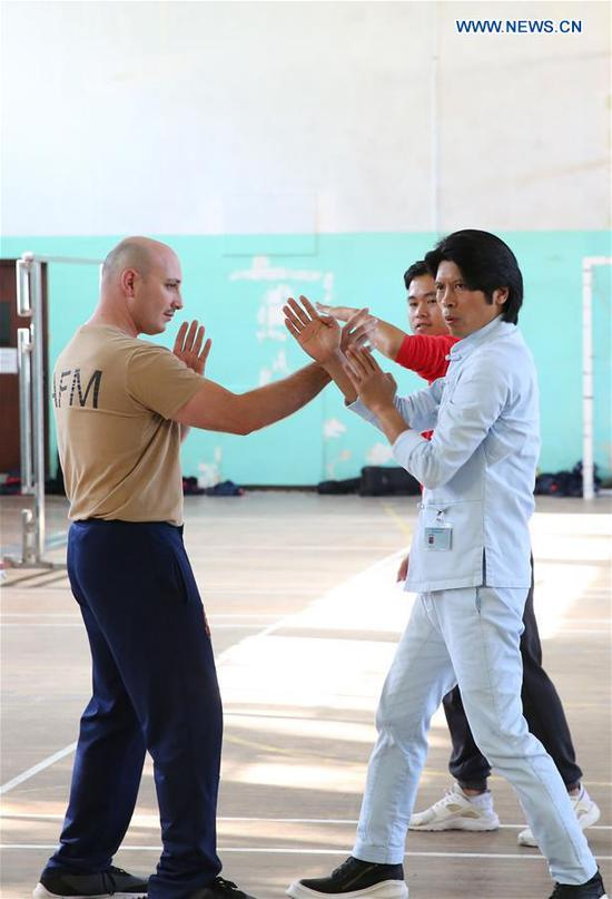Soldiers of armed forces of malta learn chinese martial arts wing chun master zheng zujie r teaches soldiers of armed forces of malta m4hsunfo