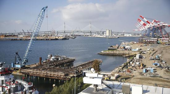 Photo taken on Jan. 22, 2020 shows a view of the Port of Long Beach, California, the United States. (Xinhua/Li Ying)