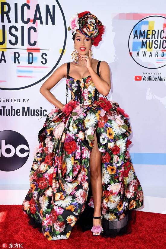 Cardi B arrives at the American Music Awards on Oct 9, 2018 at the Microsoft Theater in Los Angeles. [Photo/IC]