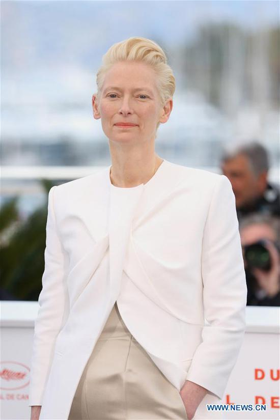 Actress Tilda Swinton poses for photos during the 72nd Cannes Film Festival in Cannes, France, May 15, 2019. The 72nd Cannes Film Festival is held here from May 14 to 25. (Xinhua/Gao Jing)