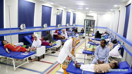 Pakistani patients suffering from thalassemia receive medical treatment at a medical center on the World Thalassemia Day in Islamabad, Pakistan, on May 8, 2018. Thalassemia, also called Mediterranean anemia, is an inherited and non-infectious blood disorder. (Xinhua/Ahmad Kamal)