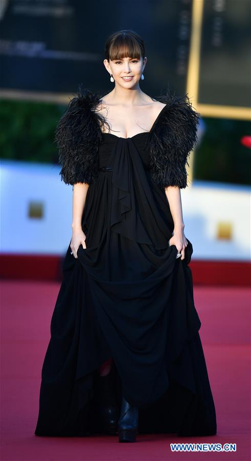 Actress Hannah Quinlivan makes her red carpet appearance during the opening ceremony of the 2nd Hainan International Film Festival in Sanya, south China's Hainan Provin