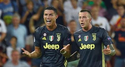 Cristiano Ronaldo receives red card in Champions League debut for Juventus