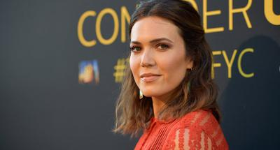 'This Is Us' star Mandy Moore marries Taylor Goldsmith