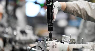 China remains world's top manufacturing hub for 11 consecutive years