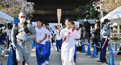 Tokyo Olympic torch relay in Osaka to be held in park without spectators