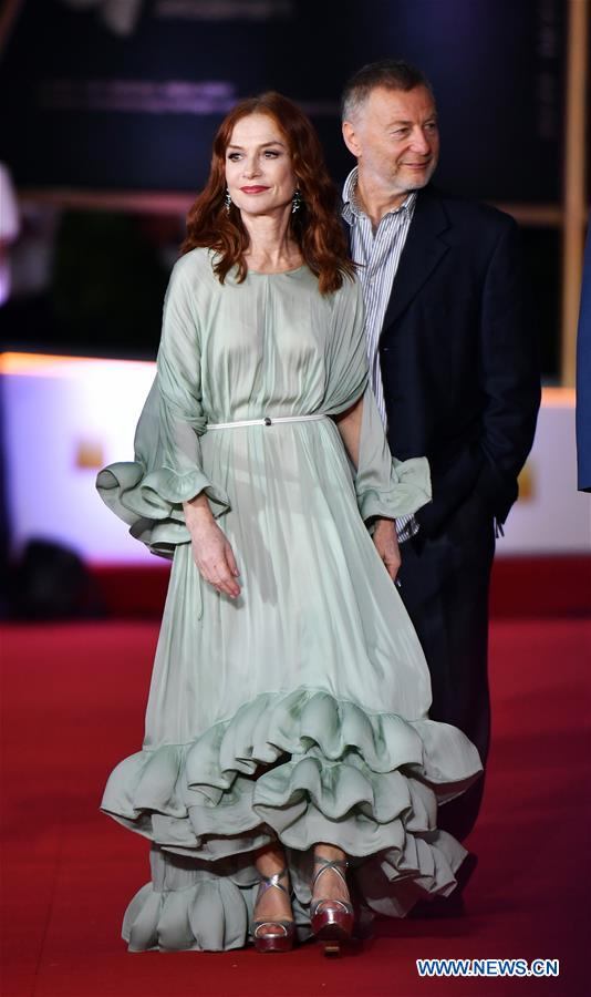French Actress Isabelle Huppert makes her red carpet appearance during the opening ceremony of the 2nd Hainan International Film Festival in Sanya, south China's Hainan Province, Dec. 1, 2019. The 2nd Hainan International Film Festival kicked off in Sanya on Sunday. (Xinhua/Guo Cheng)
