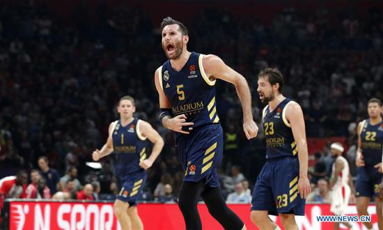 Real Madrid's Rudy Fernandez (2nd L) celebrates during the Euroleague basketball regular season match between Crvena Zvezda and Real Madrid in Belgrade, Serbia on Nov. 7, 2019. (Xinhua/Predrag Milosavljevic)