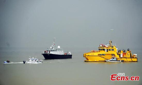 The Marine and Water Bureau and other related departments in Macao carry out a drill aimed at strengthening marine response capabilities in the event of an emergency, March 6, 2019. For the first time, a drone was used to assist search and rescue in the one-and-a-half-hour drill. (Photo: China News Service/Zhong Xin)