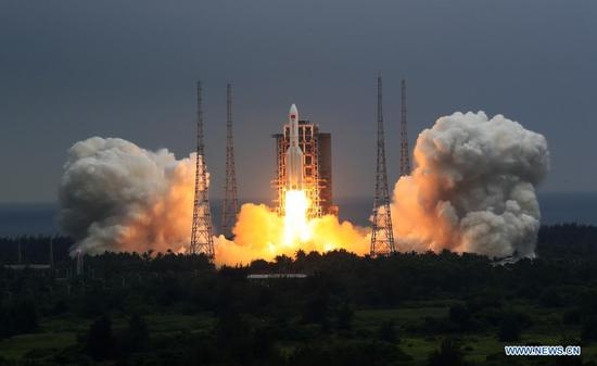 The Long March-5B Y2 rocket, carrying the Tianhe module, blasts off from the Wenchang Spacecraft Launch Site in south China's Hainan Province, April 29, 2021. China on Thursday sent into space the core module of its space station, kicking off a series of key launch missions that aim to complete the construction of the station by the end of next year. (Xinhua/Ju Zhenhua)