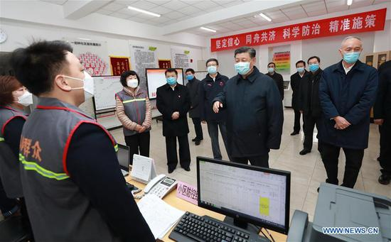 Chinese President Xi Jinping, also general secretary of the Communist Party of China (CPC) Central Committee and chairman of the Central Military Commission, inspects the novel coronavirus pneumonia prevention and control work in Beijing, capital of China, on Feb. 10, 2020. Xi visited Anhuali Community, Chaoyang District of Beijing to learn about the epidemic prevention and control at the primary level and the supply of daily necessities. He also extended regards to residents and community workers. (Xinhua/Pang Xinglei)