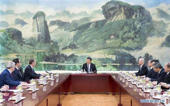 Chinese President Xi Jinping (C) meets with U.S. Trade Representative Robert Lighthizer and Treasury Secretary Steven Mnuchin, who are here for a new round of China-U.S. high-level economic and trade consultations, at the Great Hall of the People in Beijing, capital of China, Feb. 15, 2019. (Xinhua/Li Xueren)