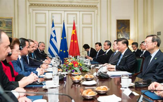 Chinese President Xi Jinping holds talks with Greek Prime Minister Kyriakos Mitsotakis in Athens, Greece, Nov. 11, 2019. (Xinhua/Huang Jingwen)