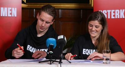 Norway's footballers sign historic deal on equality pay