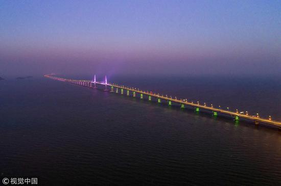 Hong Kong-Zhuhai-Macao Bridge /VCG Photo