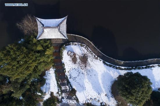 Aerial photo taken on Jan. 5, 2018 shows a snow-covered park in Haian County of Nantong City, east China's Jiangsu Province, on the occasion of