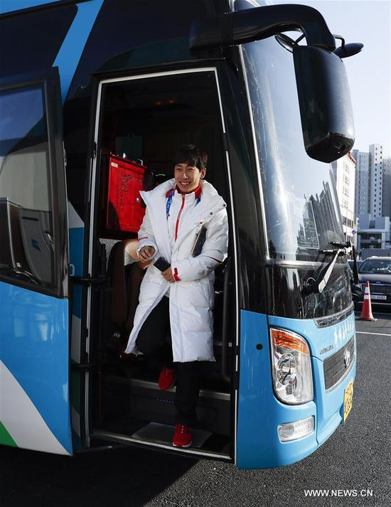 Han Tianyu, China's short track speed skater arrives at Olympic Village in Gangneung, South Korea, Feb. 6, 2018. The 2018 PyeongChang Olympic Winter Games will kick off here on Feb. 9. (Xinhua/Han Yan)