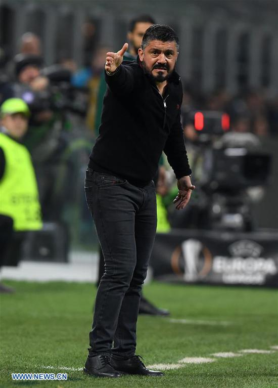 AC Milan's coach Gennaro Gattuso gestures during a Europa League round of 16 first leg soccer match between AC Milan and Arsenal at the San Siro stadium in Milan, Italy, March 8, 2018. Arsenal won 2-0. (Xinhua/Alberto Lingria)