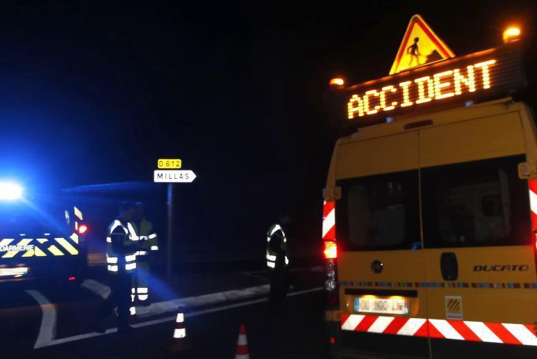 Train hits school bus in France, 4 children killed