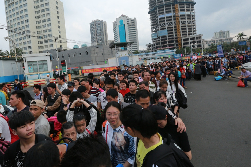 Over 100,000 tourists stranded in Hainan