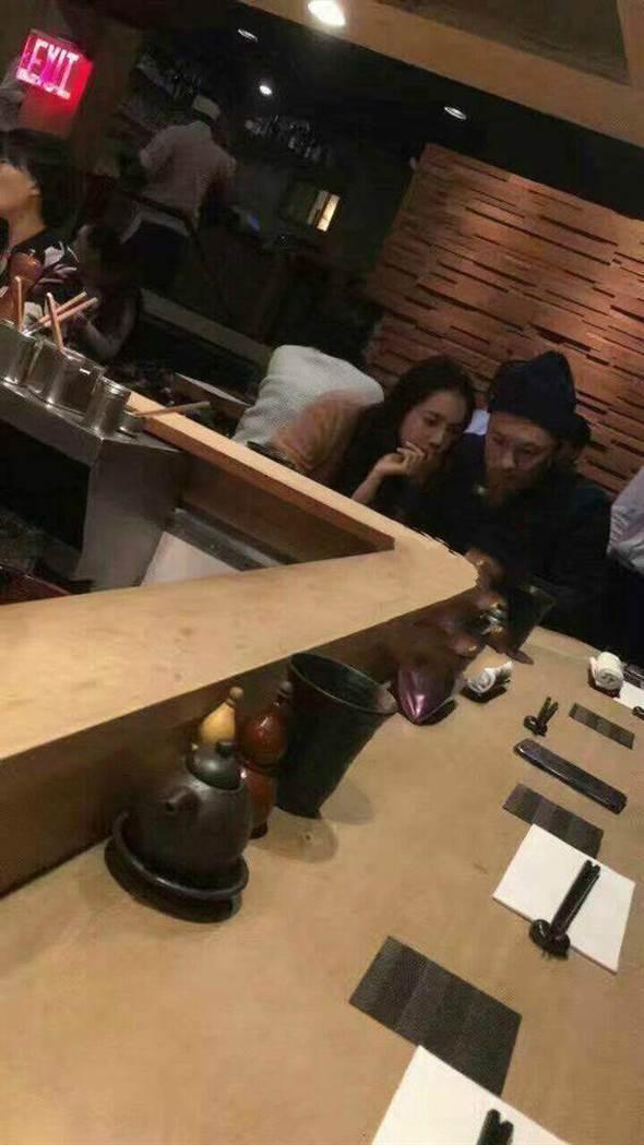 余文乐再次被拍到与王棠云约会