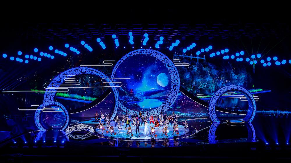 《天下有情人》用创新手法讲述中国故事