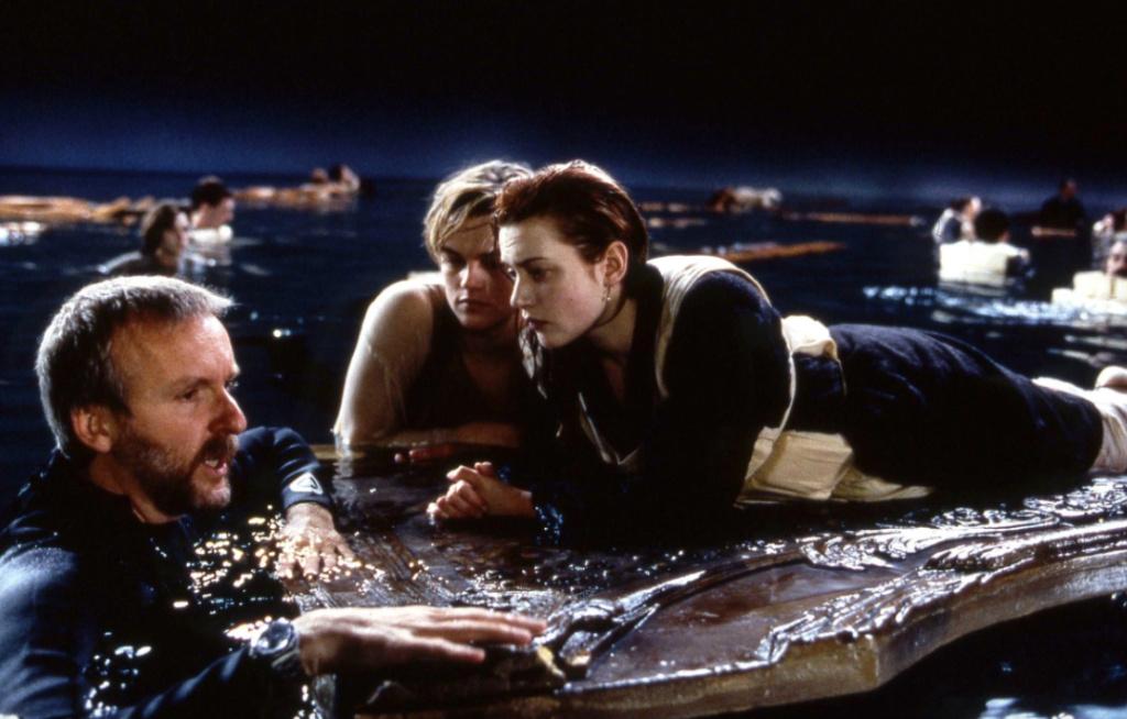 卡梅隆解答《泰坦尼克号》疑问:为什么杰克要死图片