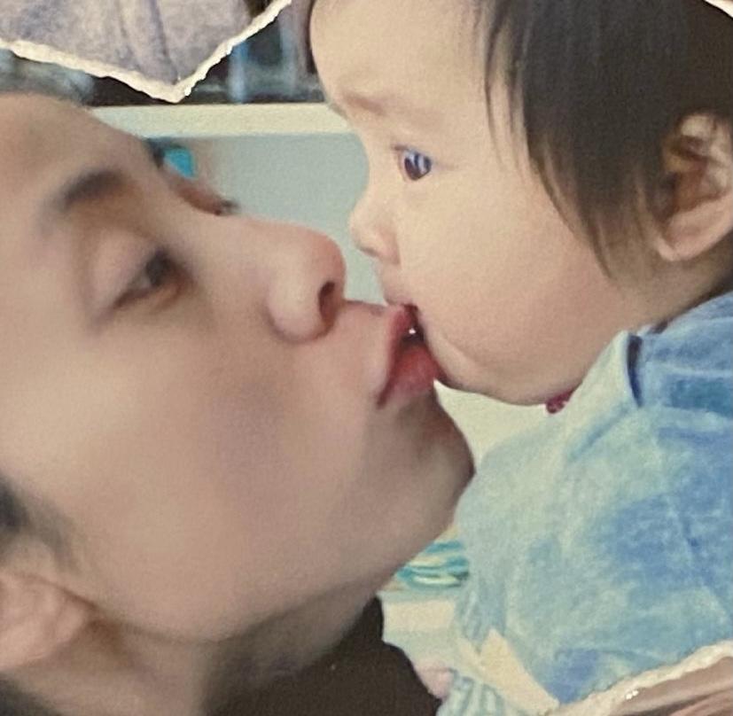 黄多多晒婴儿照为孙莉庆祝母亲节:我会永远爱你