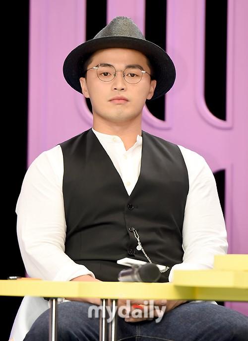 韩歌手Microdot父母诈骗被判刑 20年前借款后潜逃