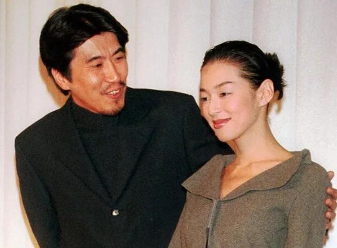 独自买房创立事务所 日媒称铃木保奈美或将离婚