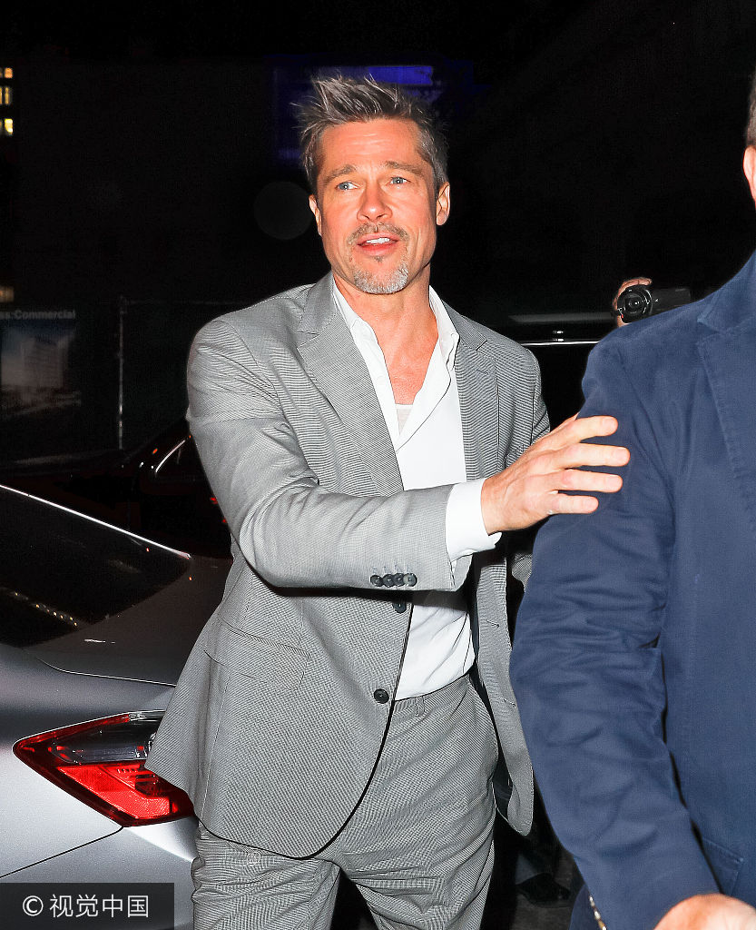 乐讯 当地时间2017年6月8日,布拉德-皮特(Brad Pitt) 外出现身美