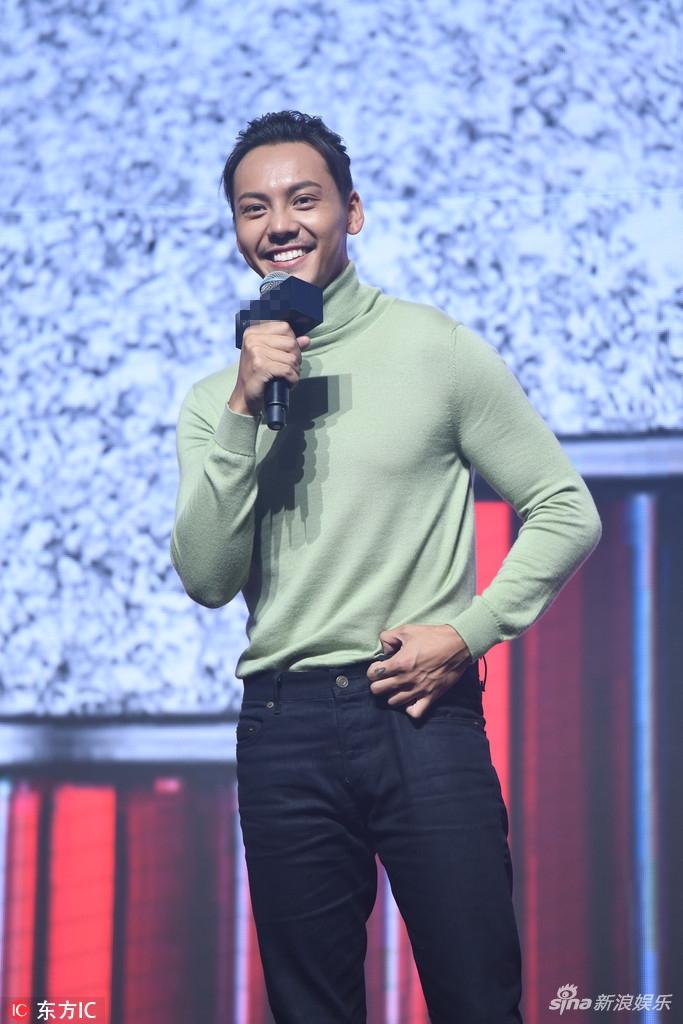 李宇恩安允才全见图-新浪娱乐讯 2017年9月22日,北京,陈伟霆出席某品牌新品发布会.