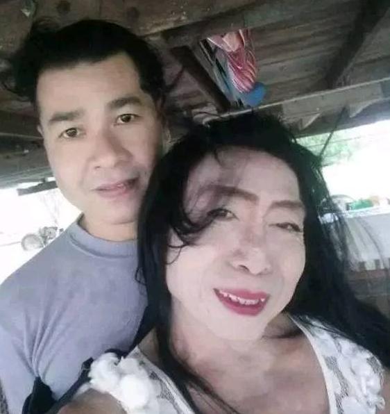 辣眼睛!泰国熟女网红Sitang生活私照 与鲜肉男友自信秀恩爱
